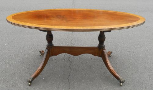 Large Oval Mahogany Pedestal Coffee Table on Castor Feet